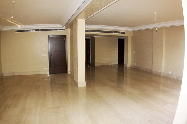 Hamra Apt. for sale