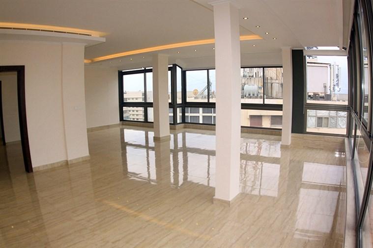Ramlet el Baydah apartment for rent
