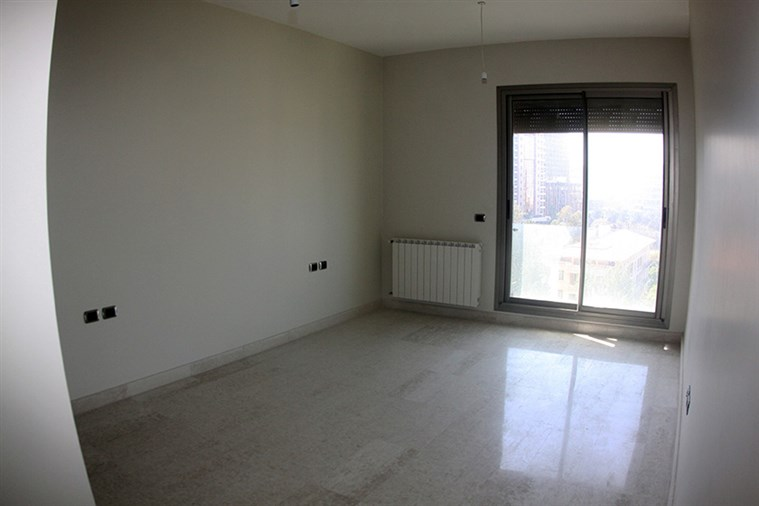 Clemenceau Apt. for sale