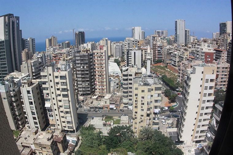 Sakeit El Janzeer Apt. for sale