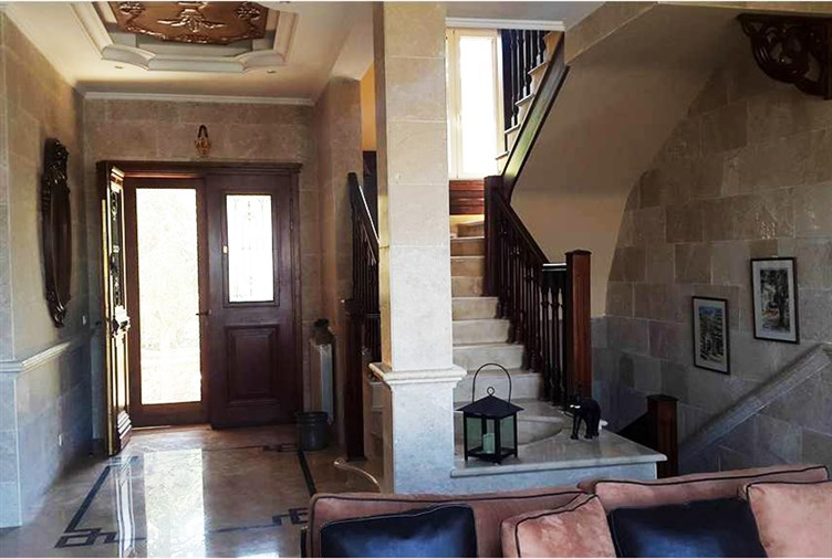Faqra villa for sale
