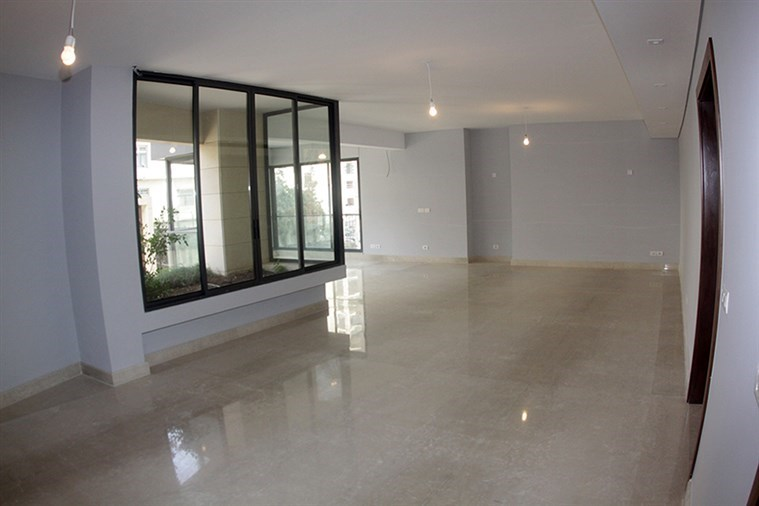 Clemenceau Apt. for rent