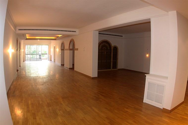 Talet el Khayat apartment for rent