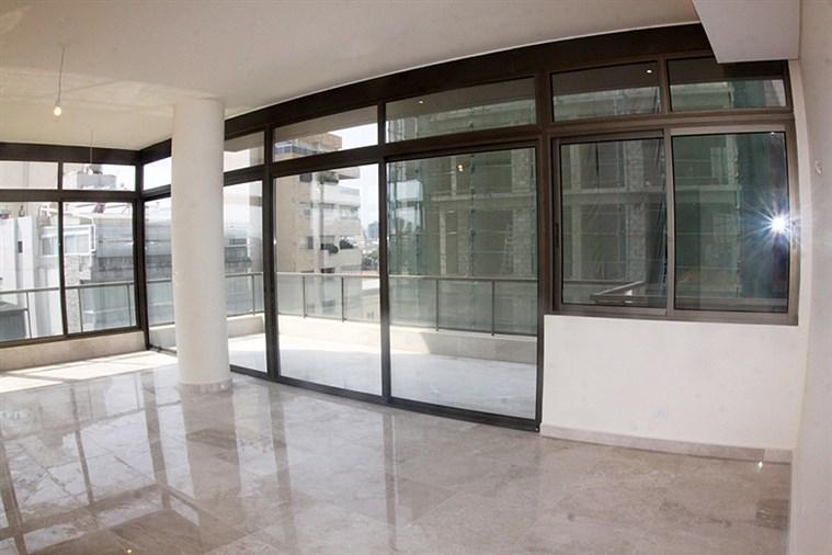 Badaro apartment for sale