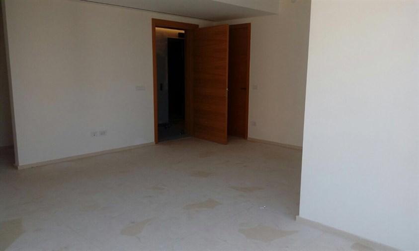 Ain el Mraysseh apartment for rent