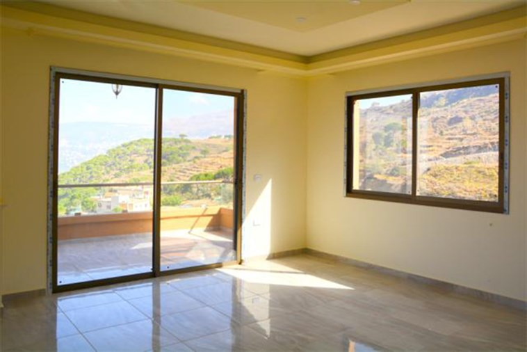 Kobeih villa for sale