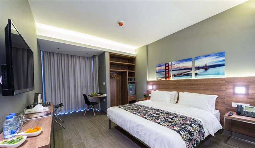 Hamra Hotel for sale