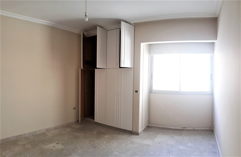 Ramlet el Baydah apartment for rent