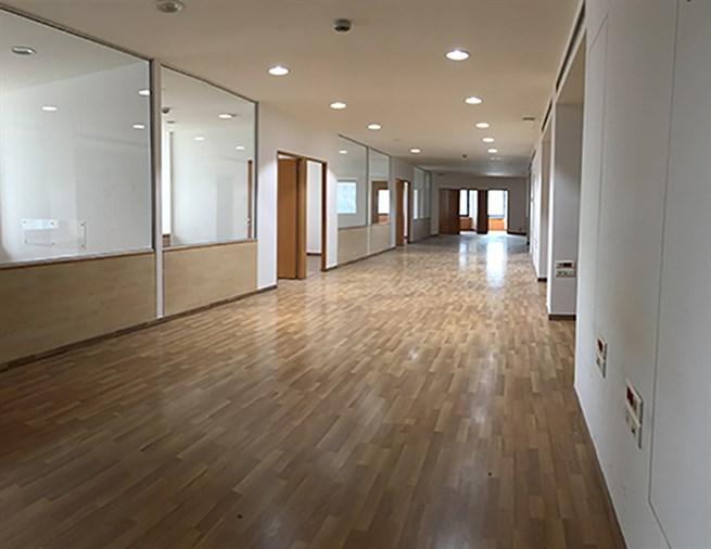 Mina el Hosn office for rent