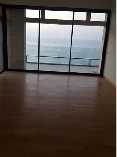 Apartment for rent in Manara