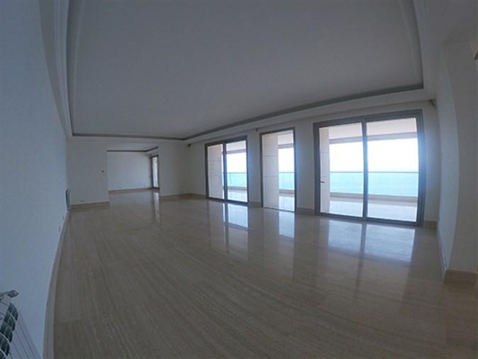 Apartment for sale in Manara